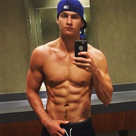 man body selfie male mirror in the mirror