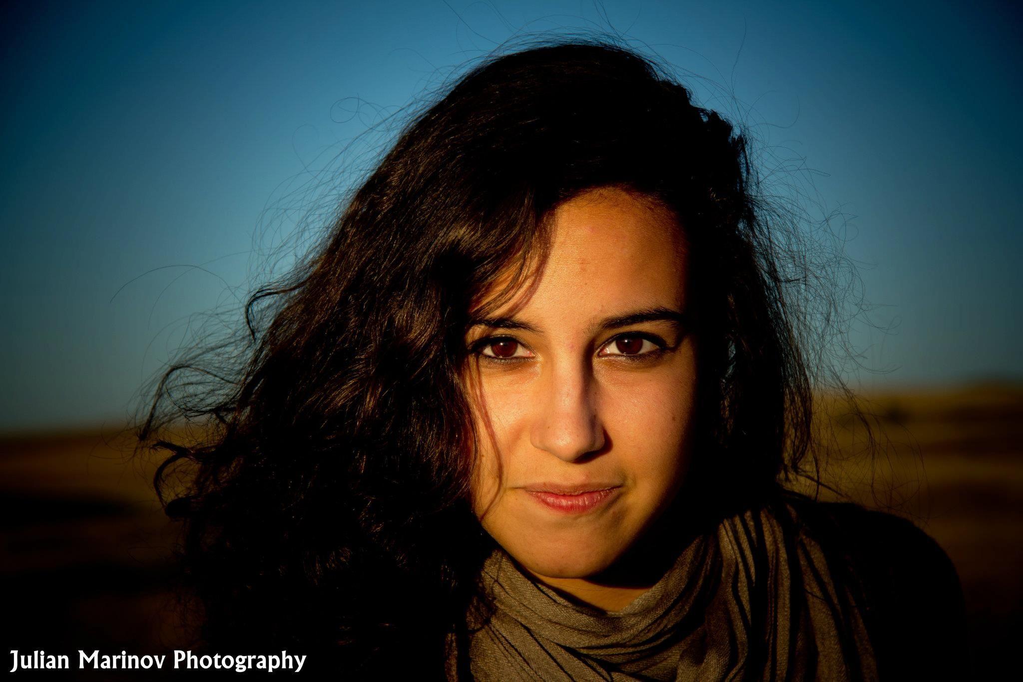 Daniela Headshot