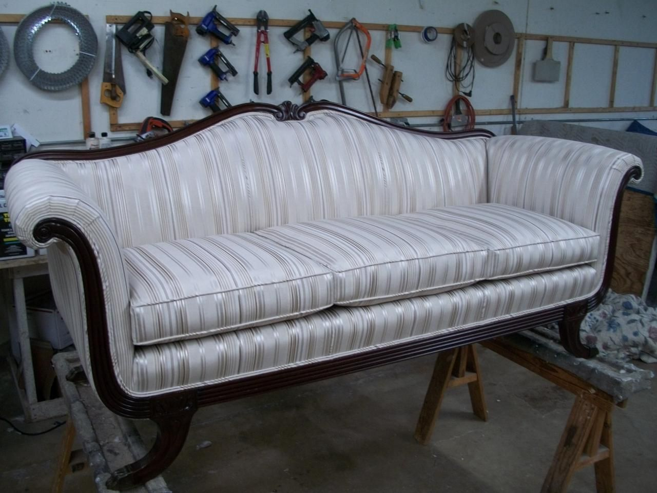 Rolled Arm Victorian Sofa Google Search Antique Duncan