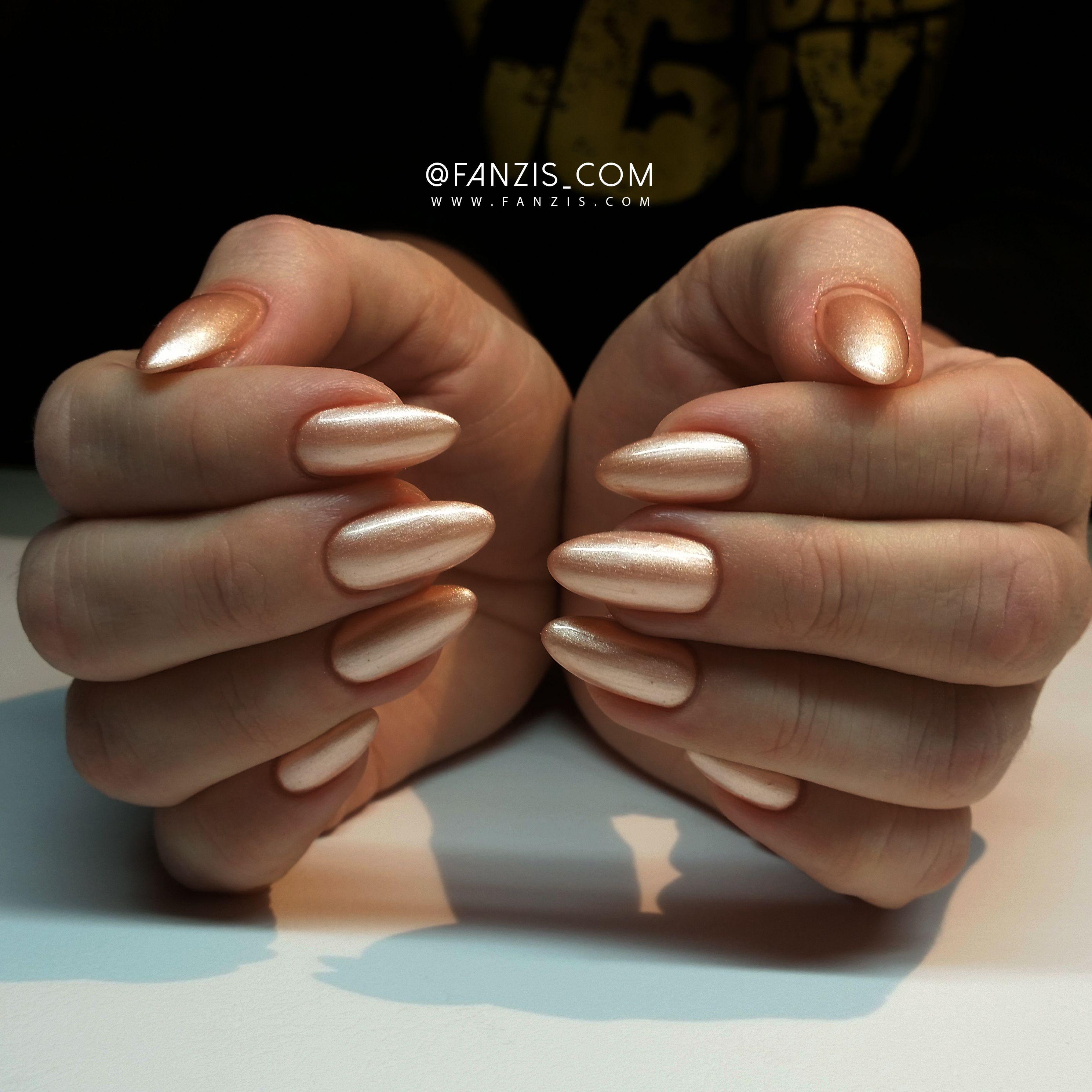 gold #golden #exclusive #elegant #luxury #glamour #nails #fanzis ...