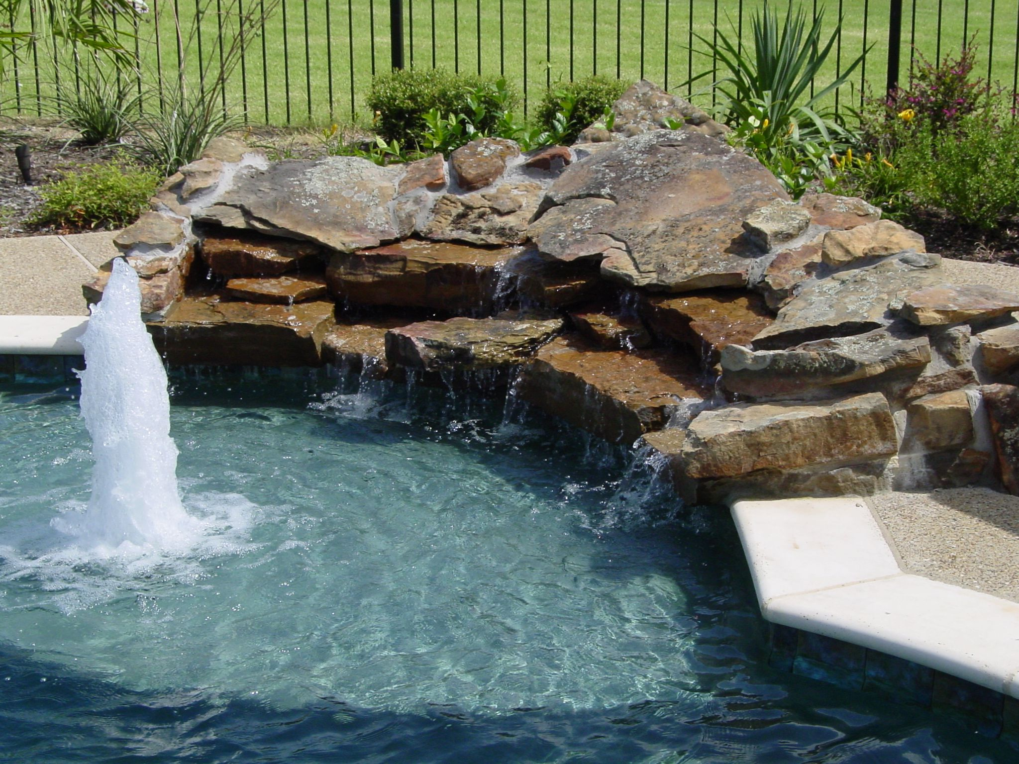 Tanning Ledge With Bubbler, Waterfall Pool Servicepool Builderspool Designspool