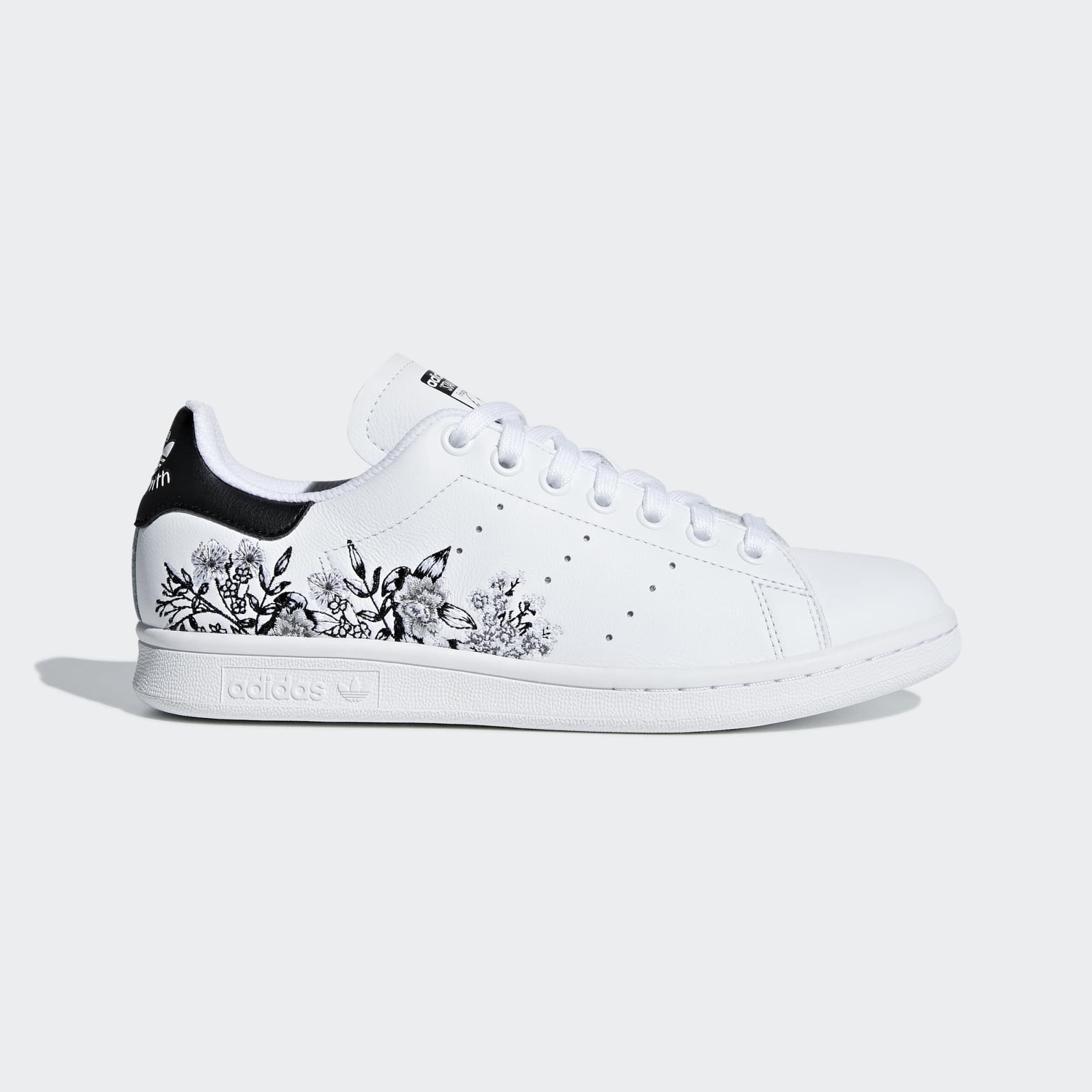 2d2833df5b Stan Smith Shoes in 2019 | I need dis | Stan smith shoes, Adidas ...