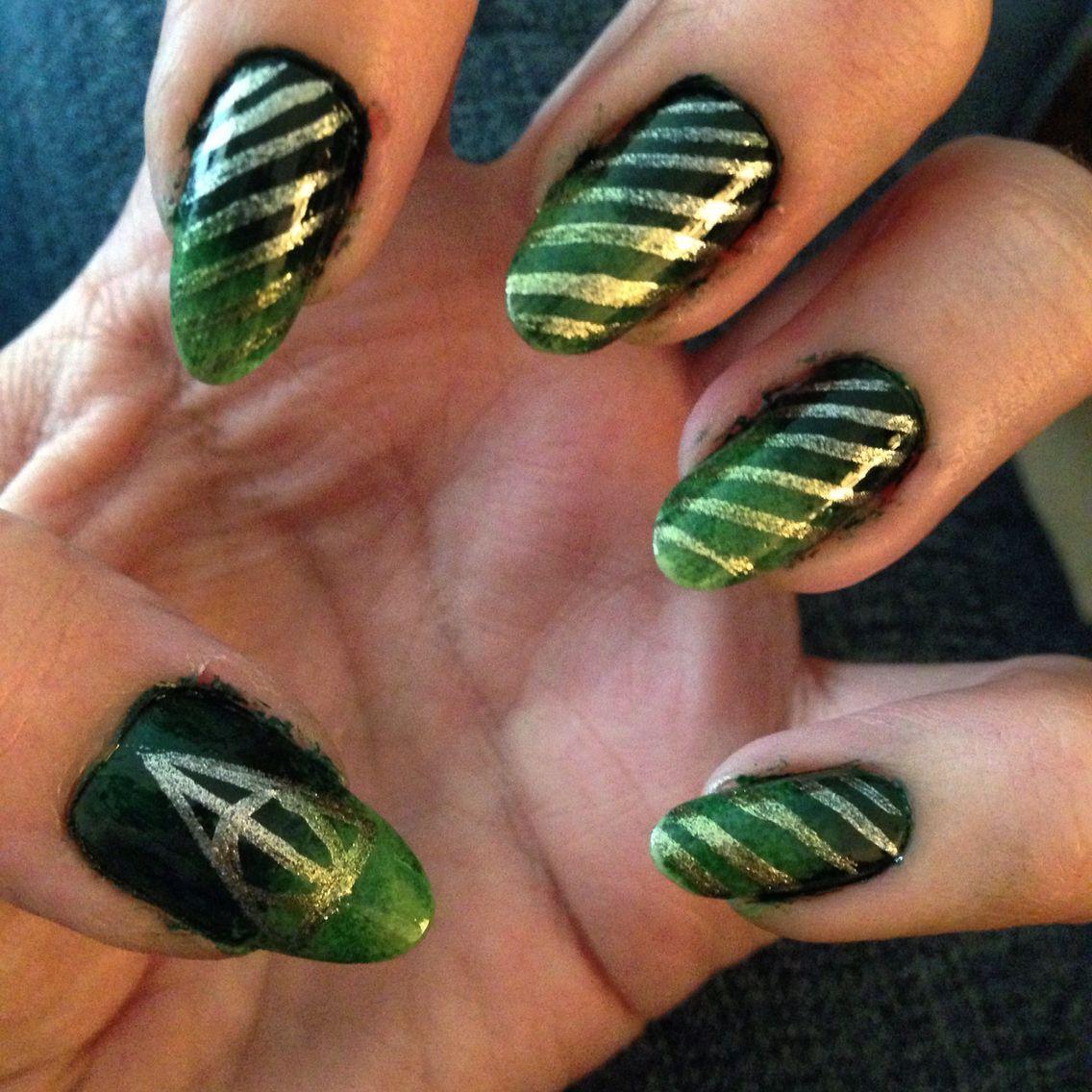 Slytherin Nail Art Lookin Fancy Nail Art Nails Harry