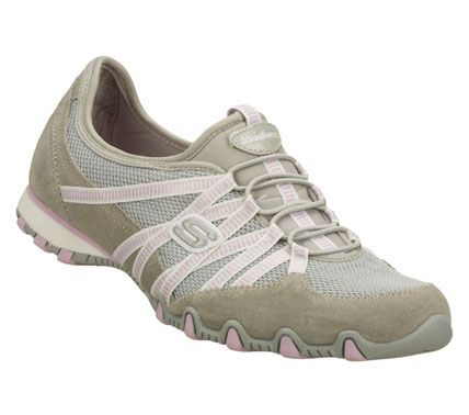 Love my Skechers they are sooo comfortable! | Clothes