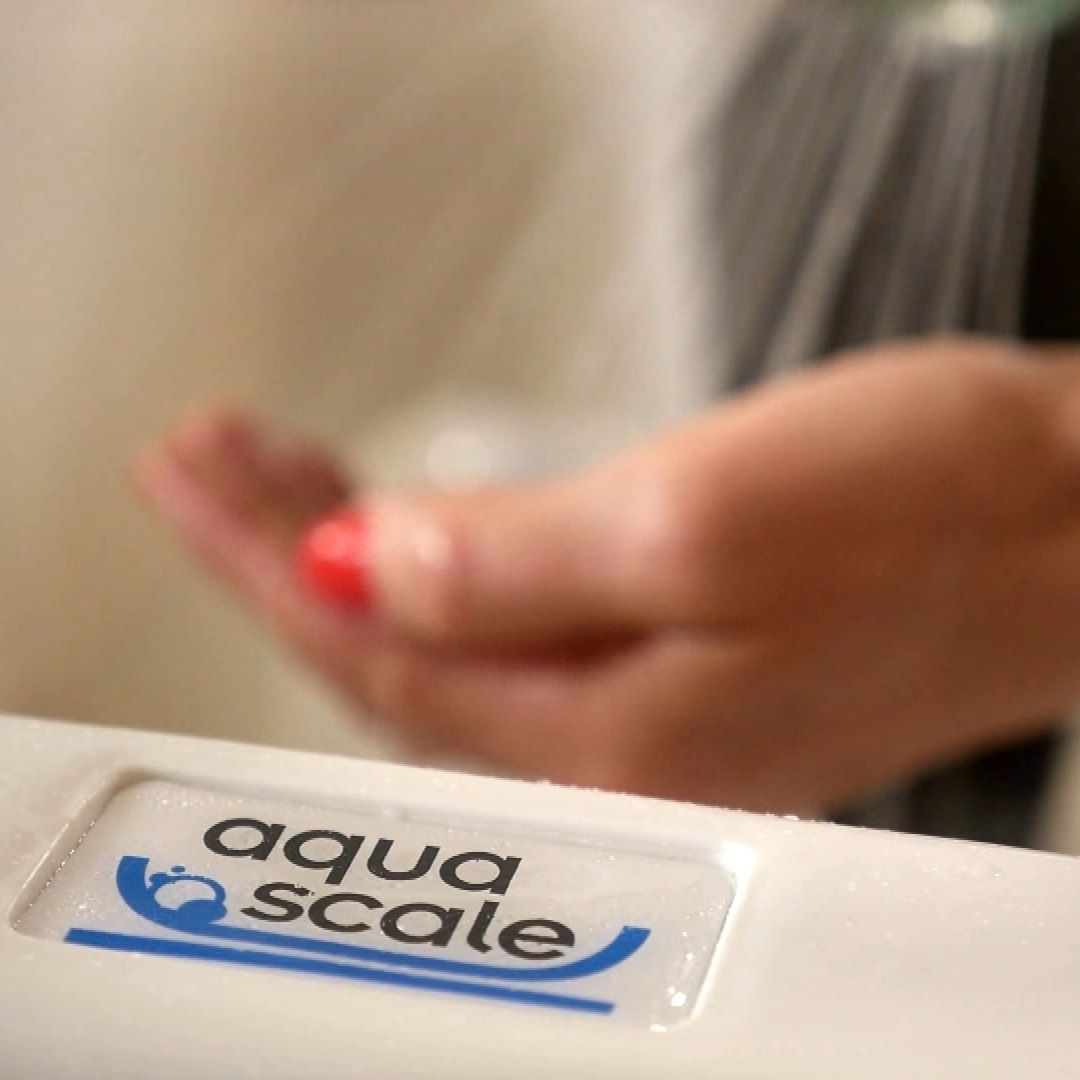 13 best Aqua Scale images on Pinterest | Aqua, Baby bath tubs and Water
