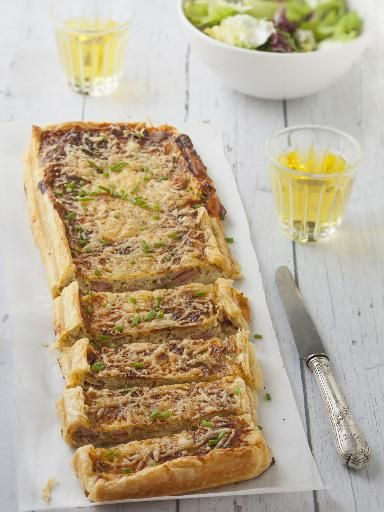 Quiche au comté et aux oignons - Recette de cuisine Marmiton : une recette