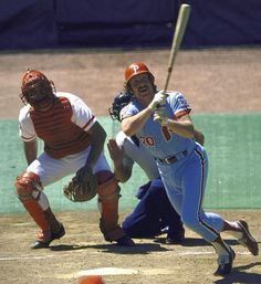 Mike Schmidt, Philadelphia Phillies CLASSIC! Looks like Johnny Bench behind the plate too.