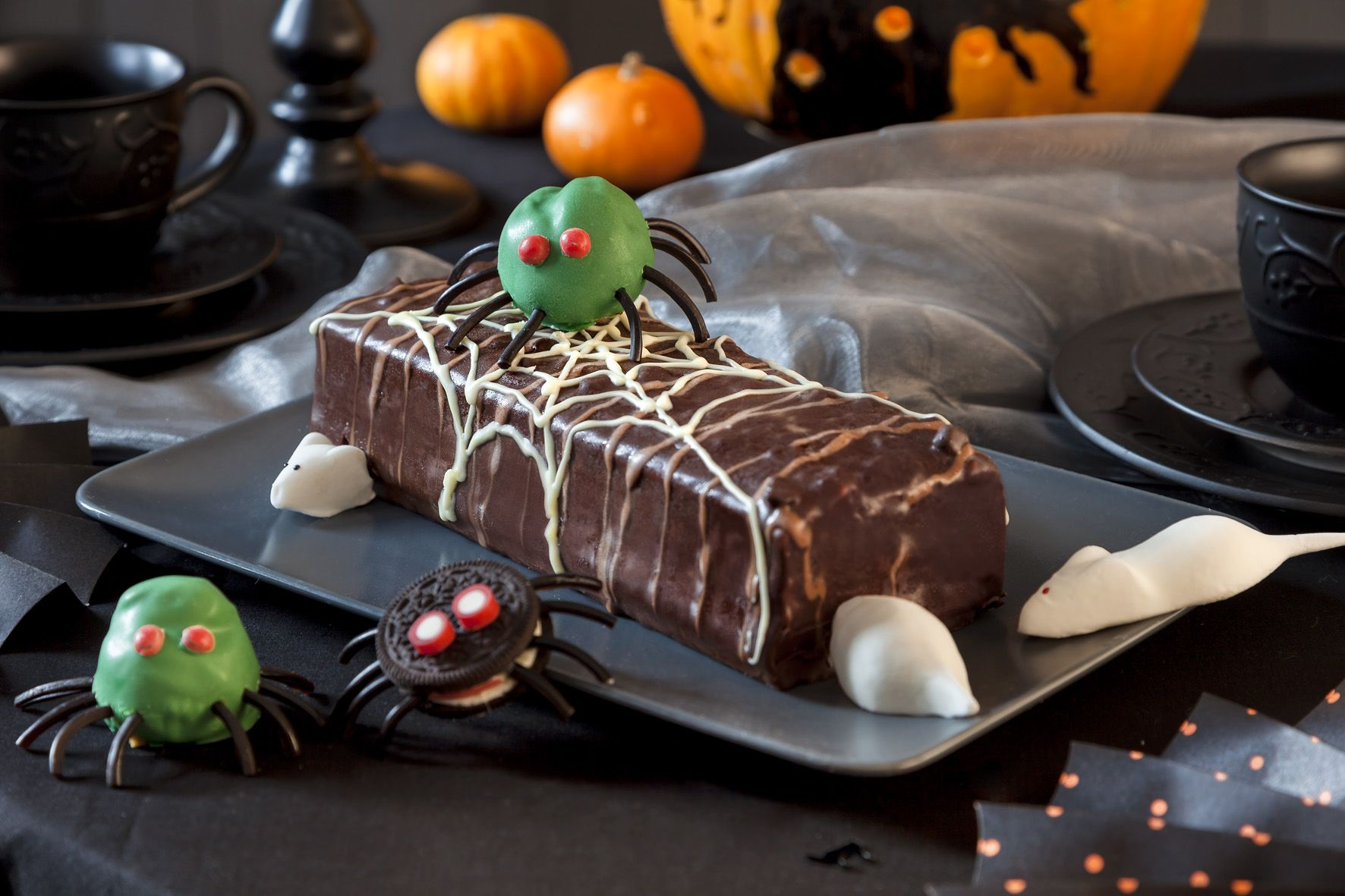 halloween kuchen party mit gruselfaktor halloween. Black Bedroom Furniture Sets. Home Design Ideas
