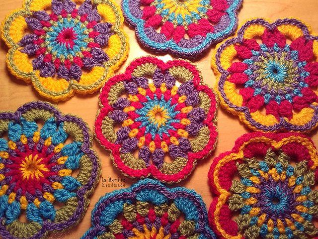 Ravelry: Hippie Flower pattern by La Martiz   Crochet ...