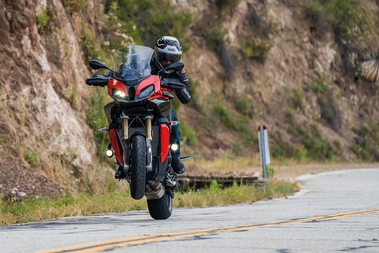 2020 Bmw S 1000 Xr First Ride Review Revzilla In 2020 Bmw S Bmw Sport Touring