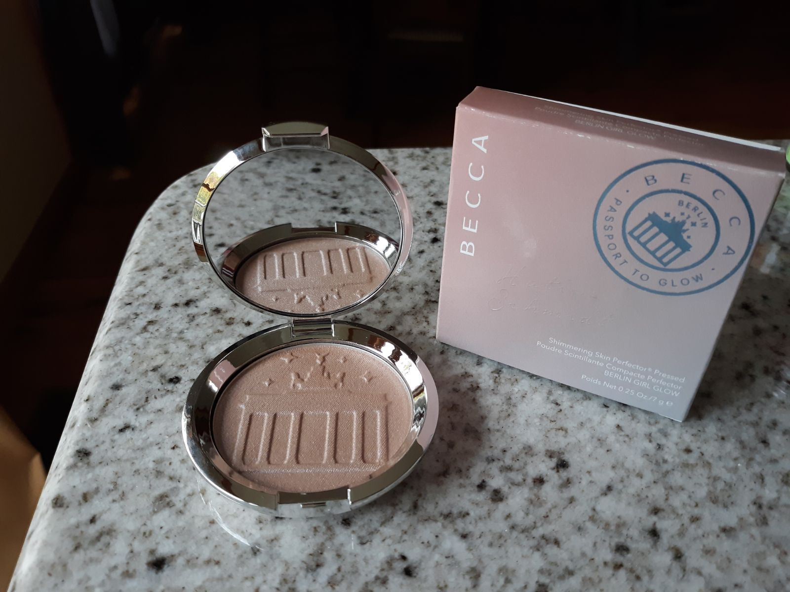 Becca X Hatice Shimmering Skin Perfector Pressed Highlighter Berlin Girl Glow Cool Honey Shade With Light Shifting Pink Blu Becca Cosmetics Blue Pearl Becca