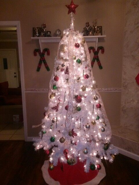Red Green Gold Christmas Decor On White Christmas Tree Red