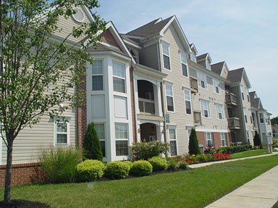 The Club At Locust Grove Deptford Nj Pet Friendly Apartments Pet Friendly House Styles
