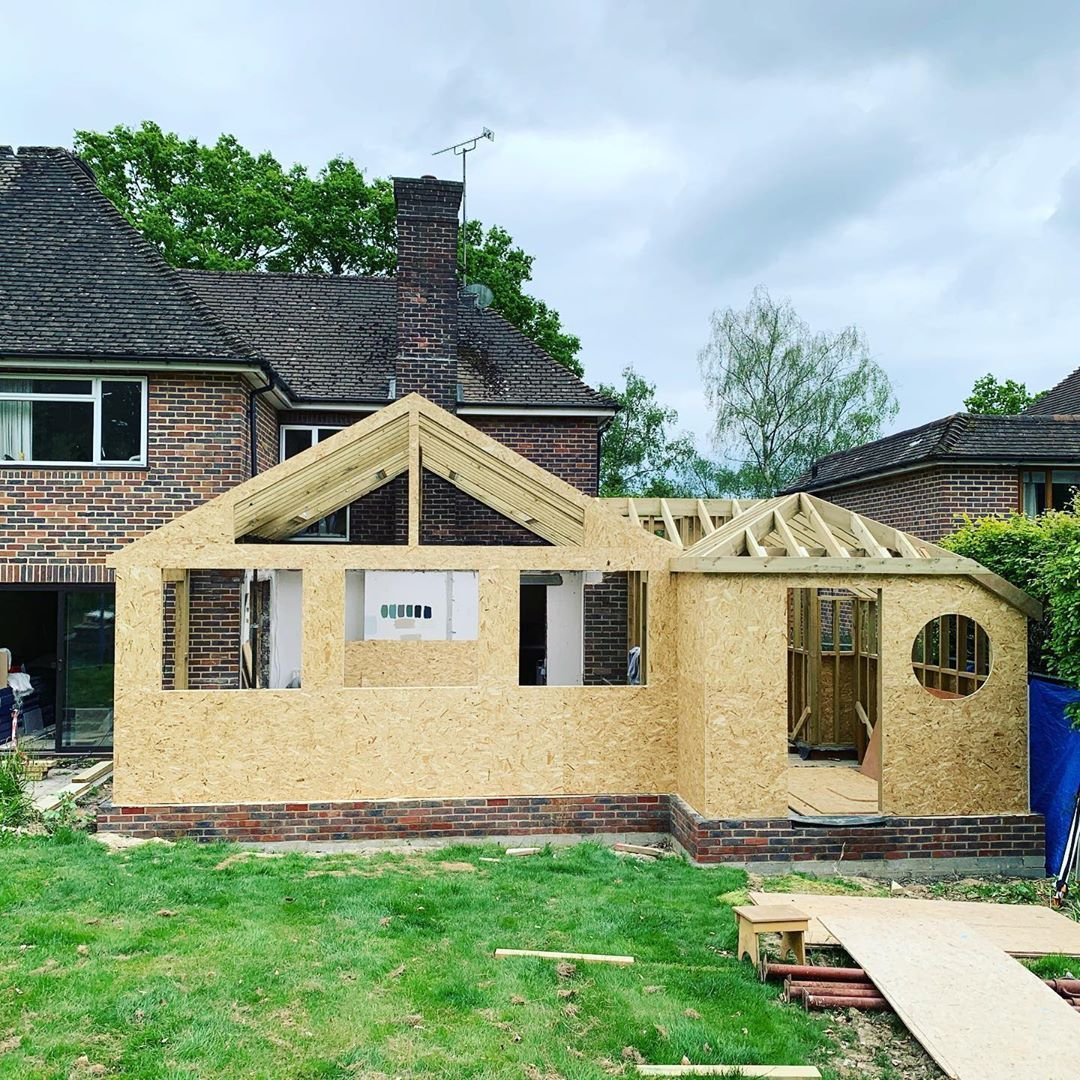 Taylor Design Build On Instagram The Past 2 Weeks We Have Been On And Off Building This Timber Frame Extension With In 2020 Building Design Flat Roof Timber Frame