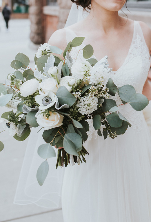 Classic White And Green Bouquet In 2020 Bride Bouquets White Anemone Bouquet Wedding Bridal Bouquet White Green