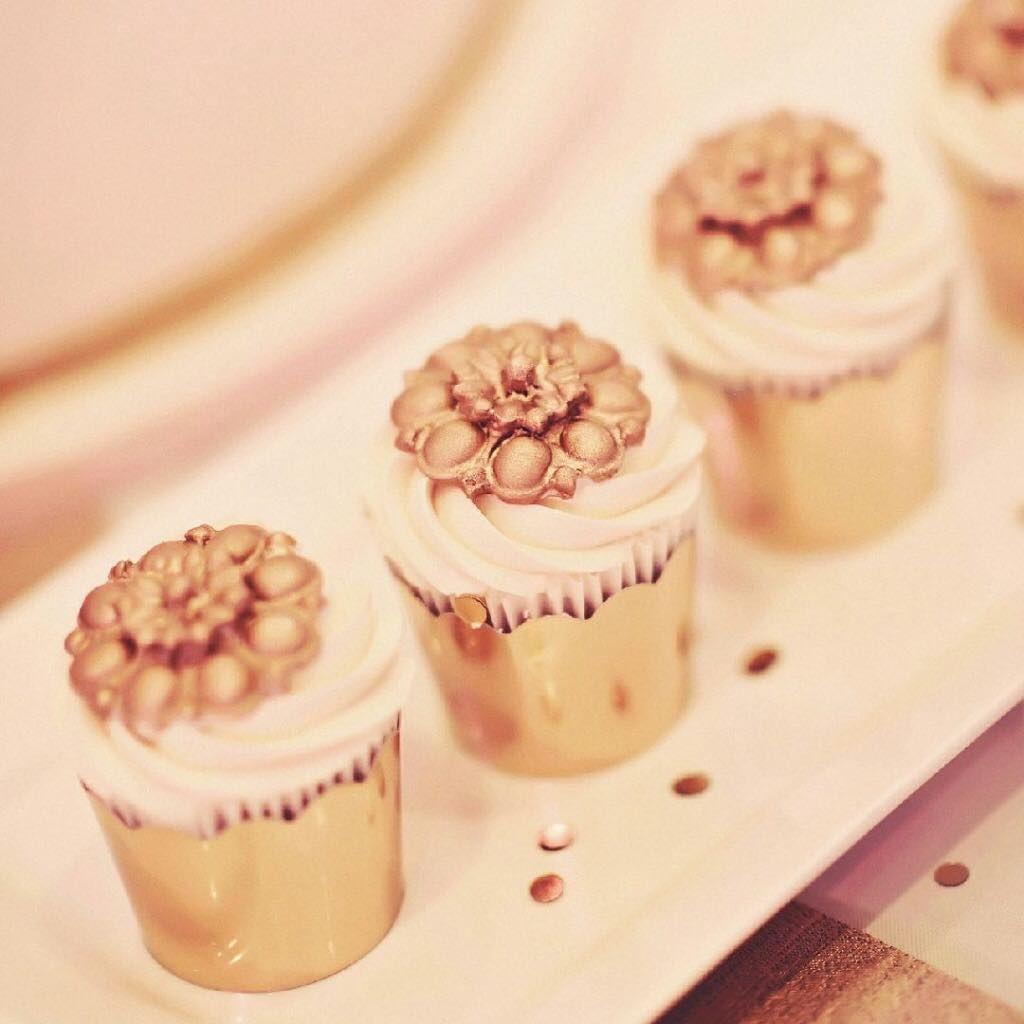 Lemon Elderflower Cake Copycat Royal Wedding Cake: Pin By CountDown Events On Crème De La Crème Grand Wedding