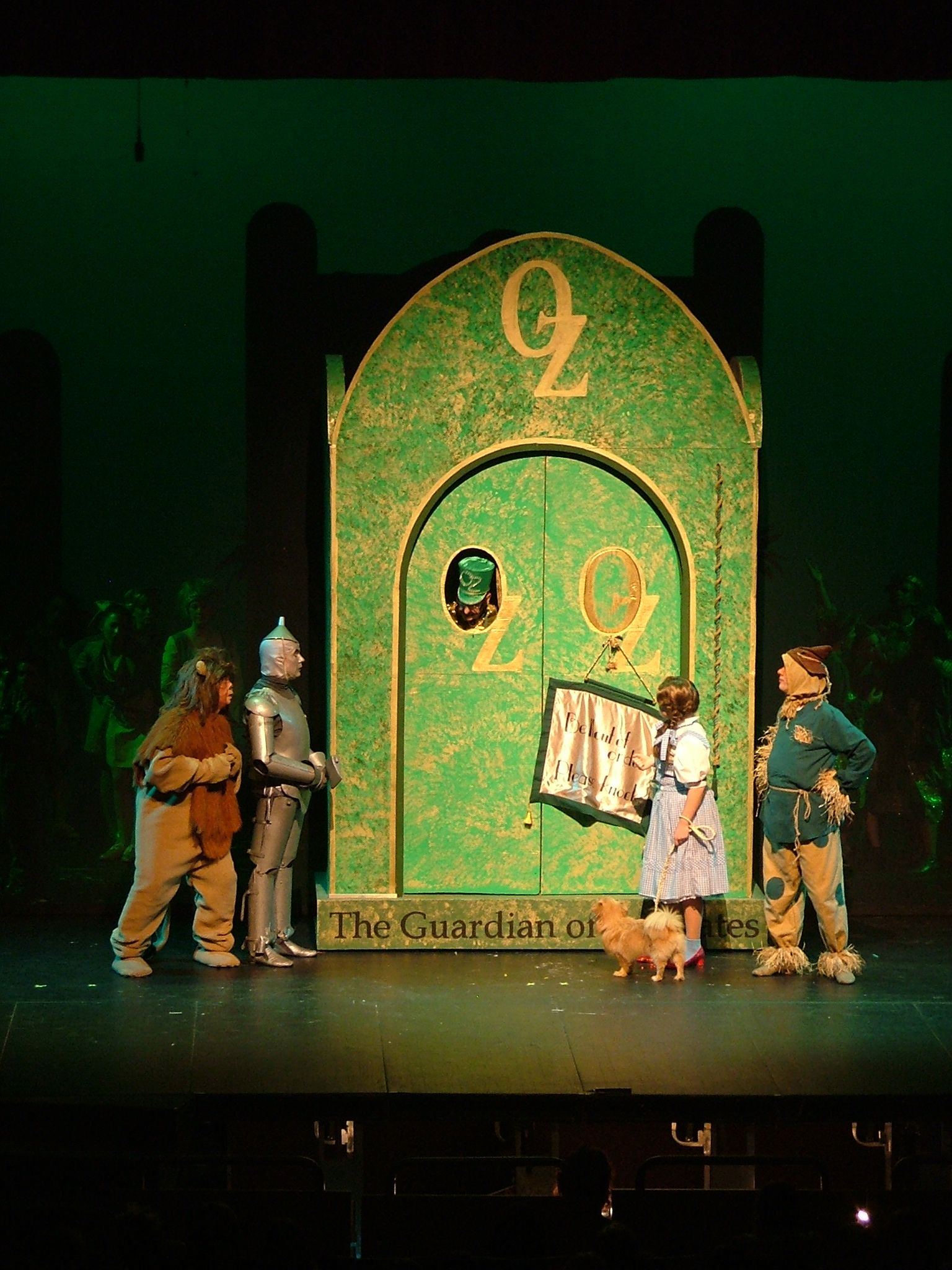 The Wizard of Oz: Key to Oz, the Emerald City | Emerald city, The ...