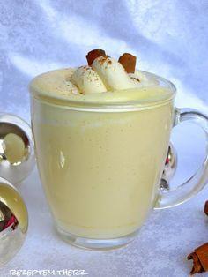 Eggnog, ein amerikanischer Eierlikör, ist ein typischer Weihnachtscocktail und gehört in den USA zum Fest einfach dazu.   Er ist cremig und... #kokteyltarifleri