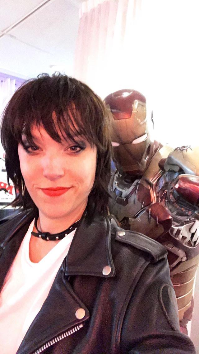 Hale With Iron Man Lzzy Hale Female Guitarist Halestorm