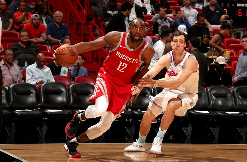 Los Angeles Lakers Should Consider Signing Luc Richard Mbah A Moute Nba Lakeshow Los Angeles Lakers Lakers Los Angeles
