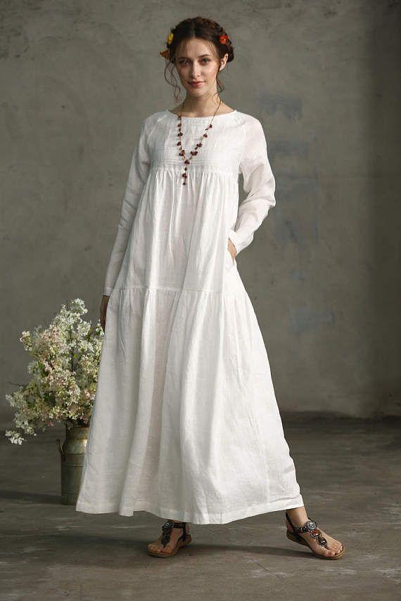 1bb15ad1ae7 robe longue de lin blanc robe. Une robe en lin blanc