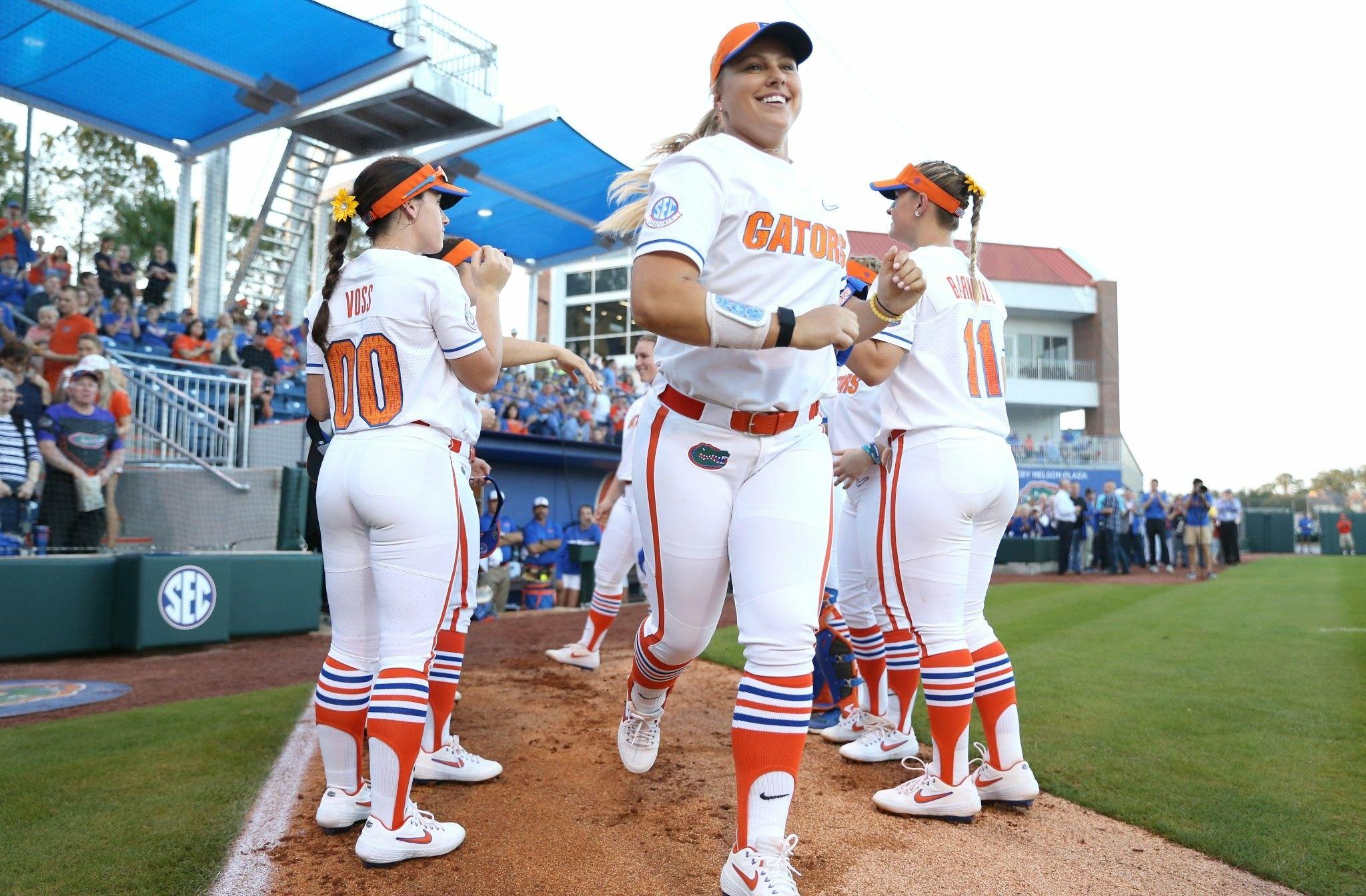 Pin by callie🥎 on gators softball Florida gators