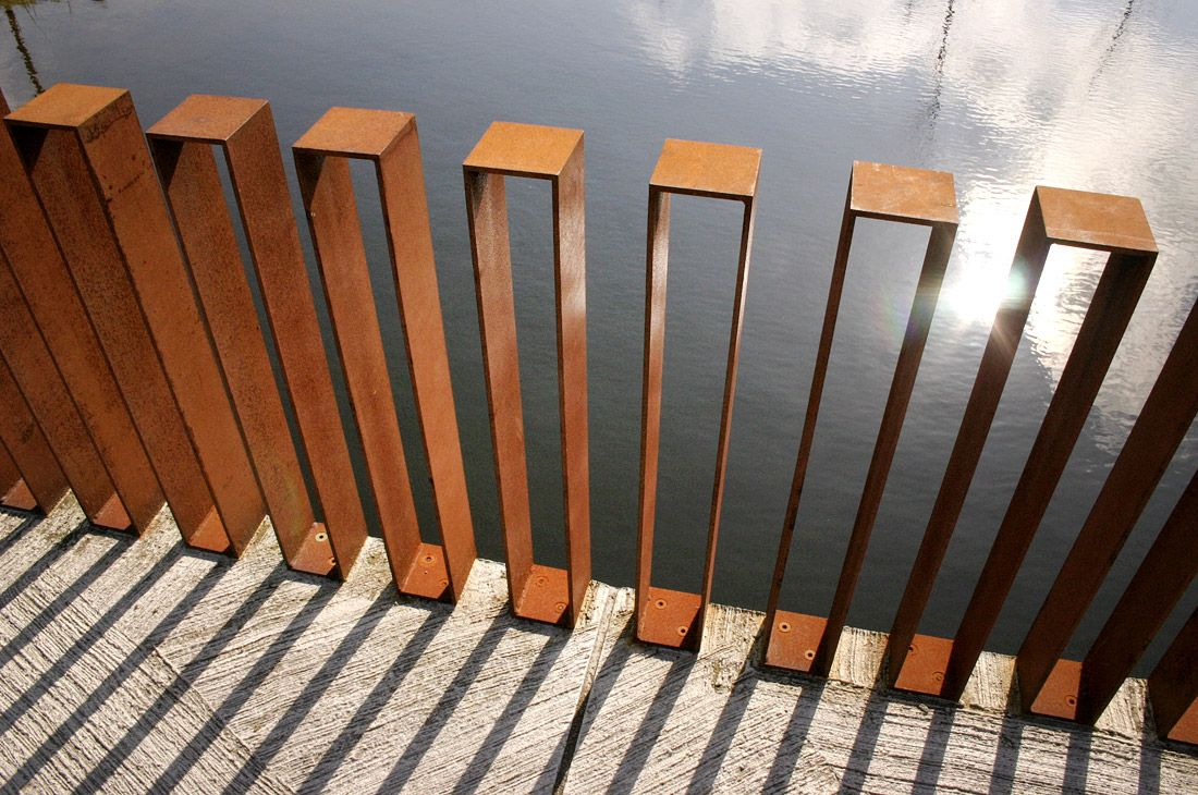 Cor ten fence at quirijn park tilburg the netherlands for Landscape architecture firms