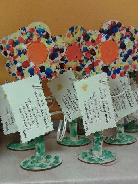 Dzien Babci I Dziadka Kwiaty Malowane Paluszkami Art For Kids Crafts For Kids Crafts