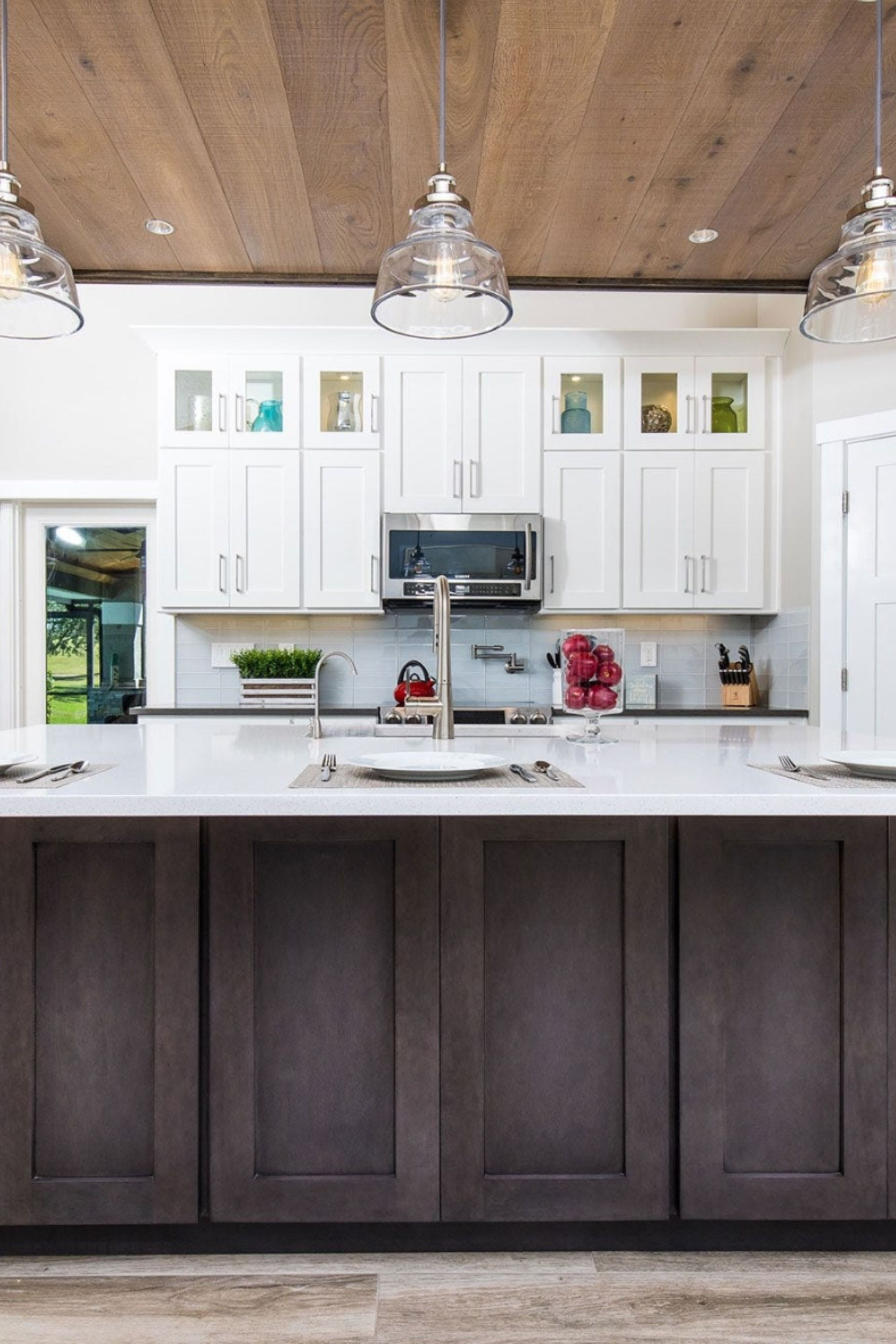 intimate lighting in shaker kitchen in 2020 shaker style cabinets gray and white kitchen new on kitchen remodel light wood cabinets id=47770