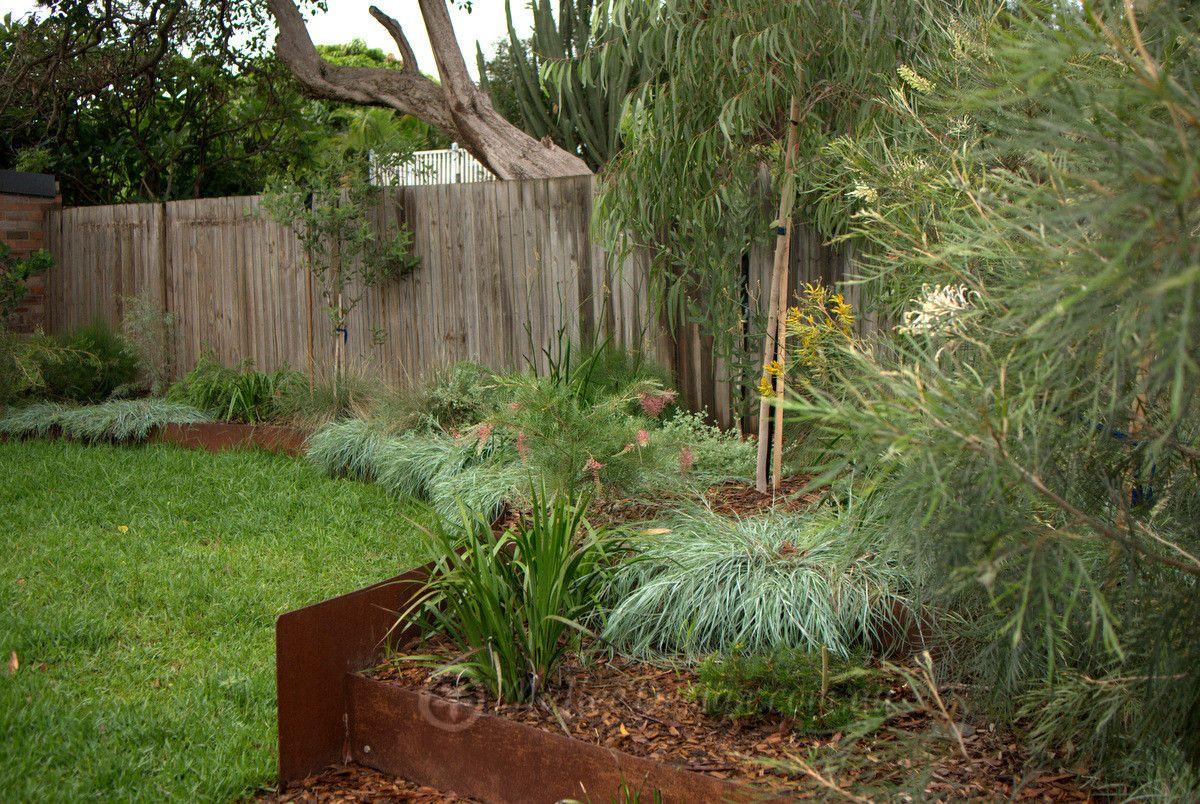 Mallee Design native Australian garden design. Servicing North Shore Eastern suburbs Marrickville Dulwich Hill Balmain Maroubra Sydney Wollongong Sutherland ...