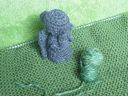 Free Dr Who Weeping Angle Statue Crochet Pattern Crochet Toys