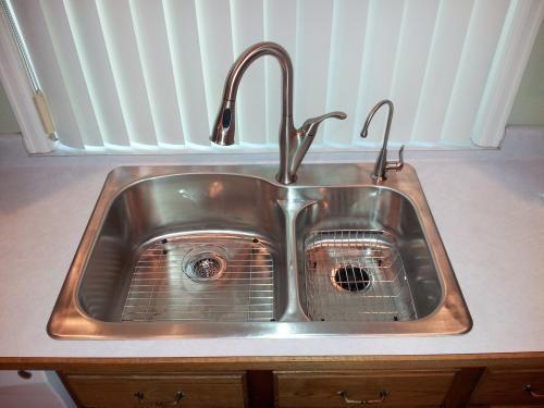 Pretty Moen Benton Kitchen Faucet Images Gallery >> Kitchen Faucets ...