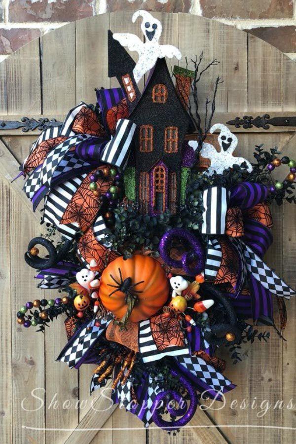 2018 August Wreath Creations from the Trendy Tree Custom Designer