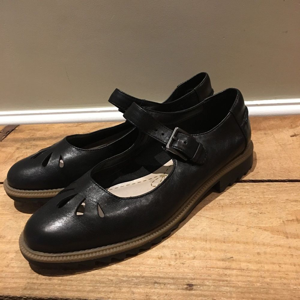 UK SIZE 5 E WIDE FIT WOMENS CLARKS BLACK LEATHER MARY JANE FLATS SHOES
