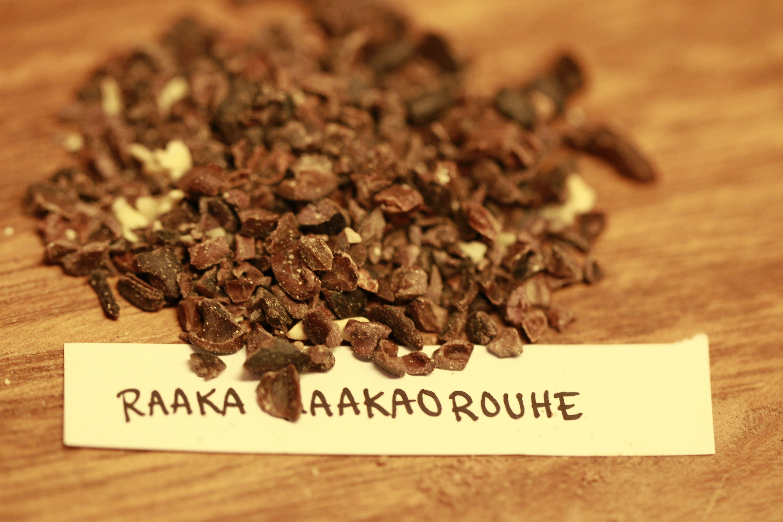 8. Kaakaorouhe on rouhittu raaka kaakaopavuista. Ihastuttavia sattumia suklaan joukossa nämäkin...