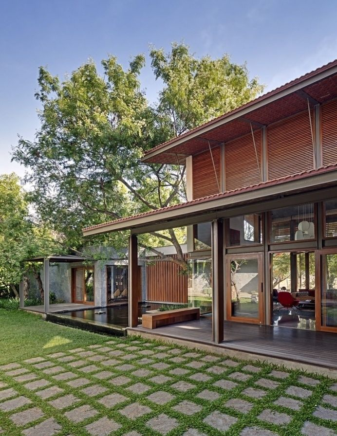 Krishnan House In Architecture Tropical House Design Architecture House Facade House