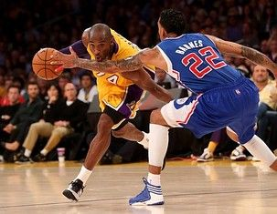 Lakers look to turn it around against Warriors