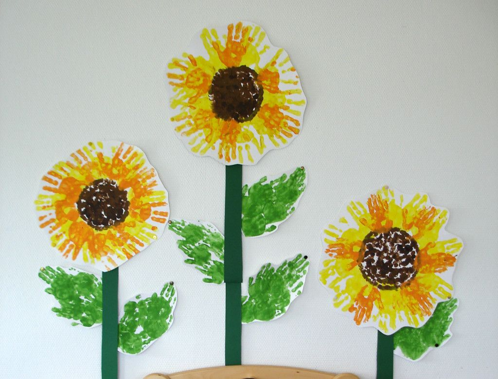sonnenblumen aus handabdr cken kiga herbst pinterest. Black Bedroom Furniture Sets. Home Design Ideas