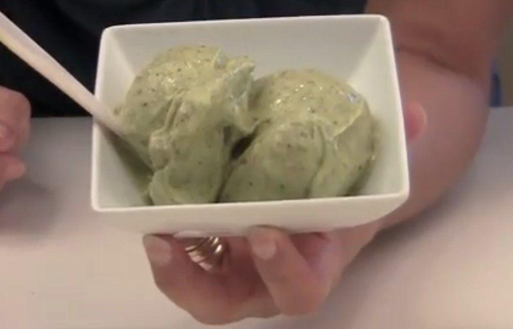 Frozen banana blender ice cream best banana ideas 2018 5 minute strawberry banana ice cream only 3 ings ccuart Choice Image