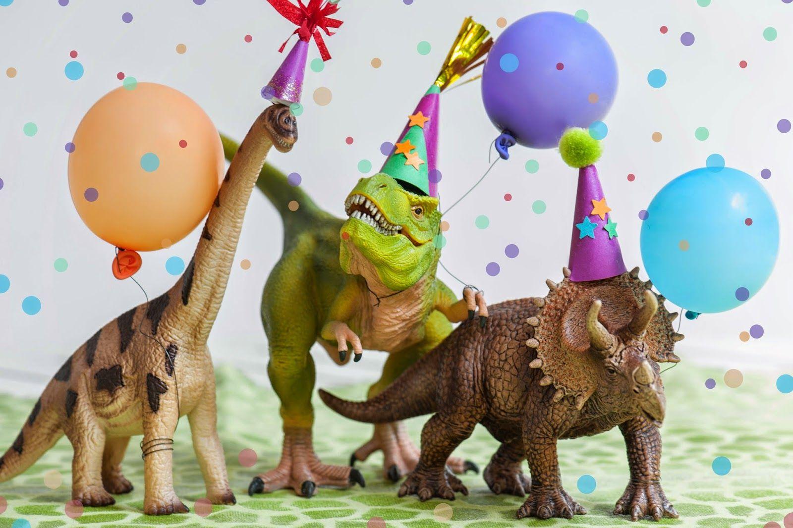 Открытка с днем рождения динозавры