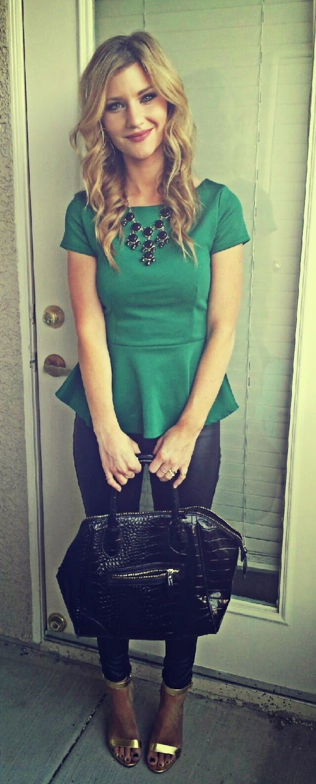 St. Patrick's Day outfit for date night or work | The Nomis Niche