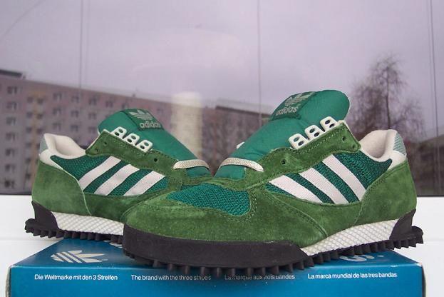 the latest 53f1b 6db9e Adidas Marathon 1990