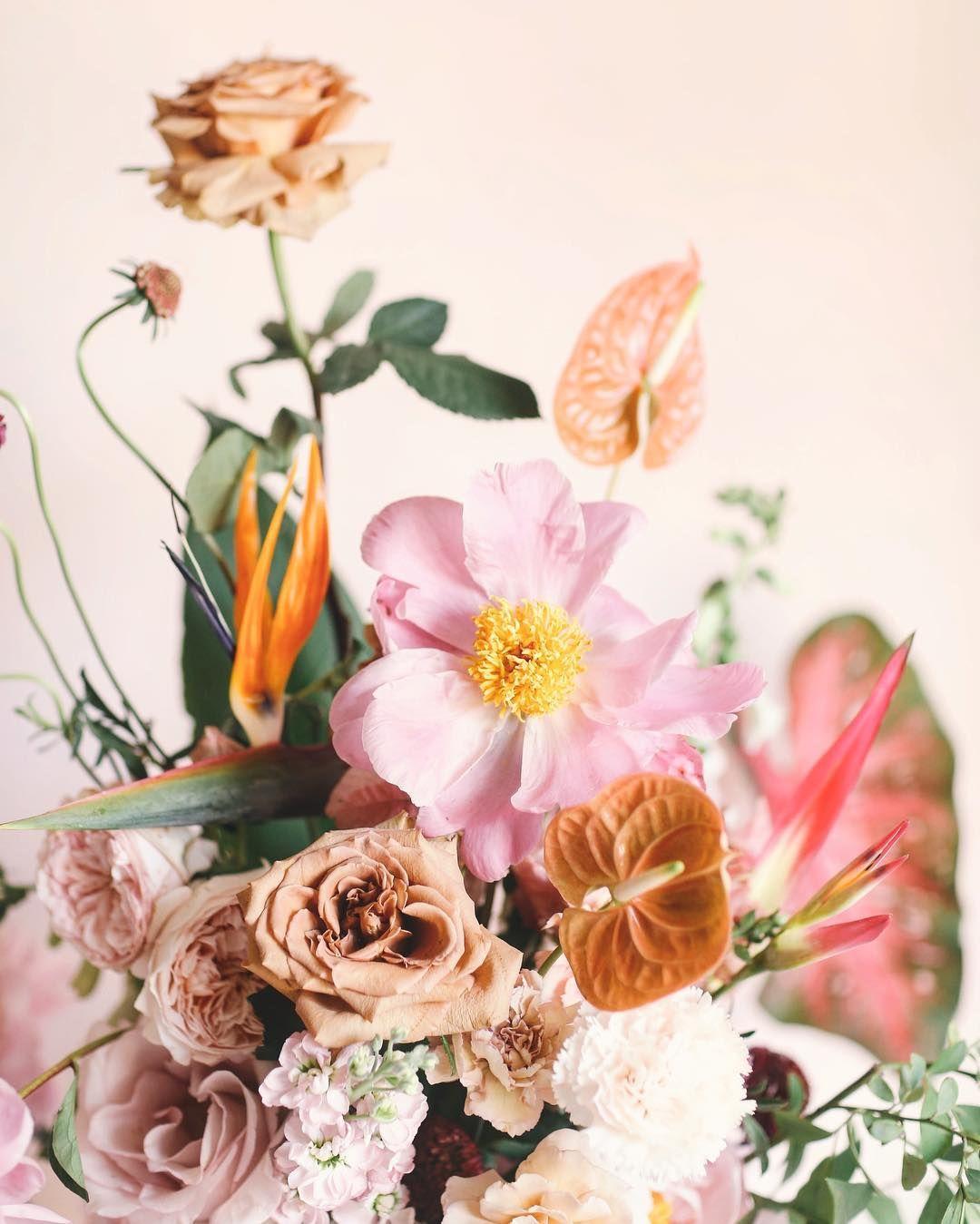Monday morning! Floral arrangements, Flowers, Floral