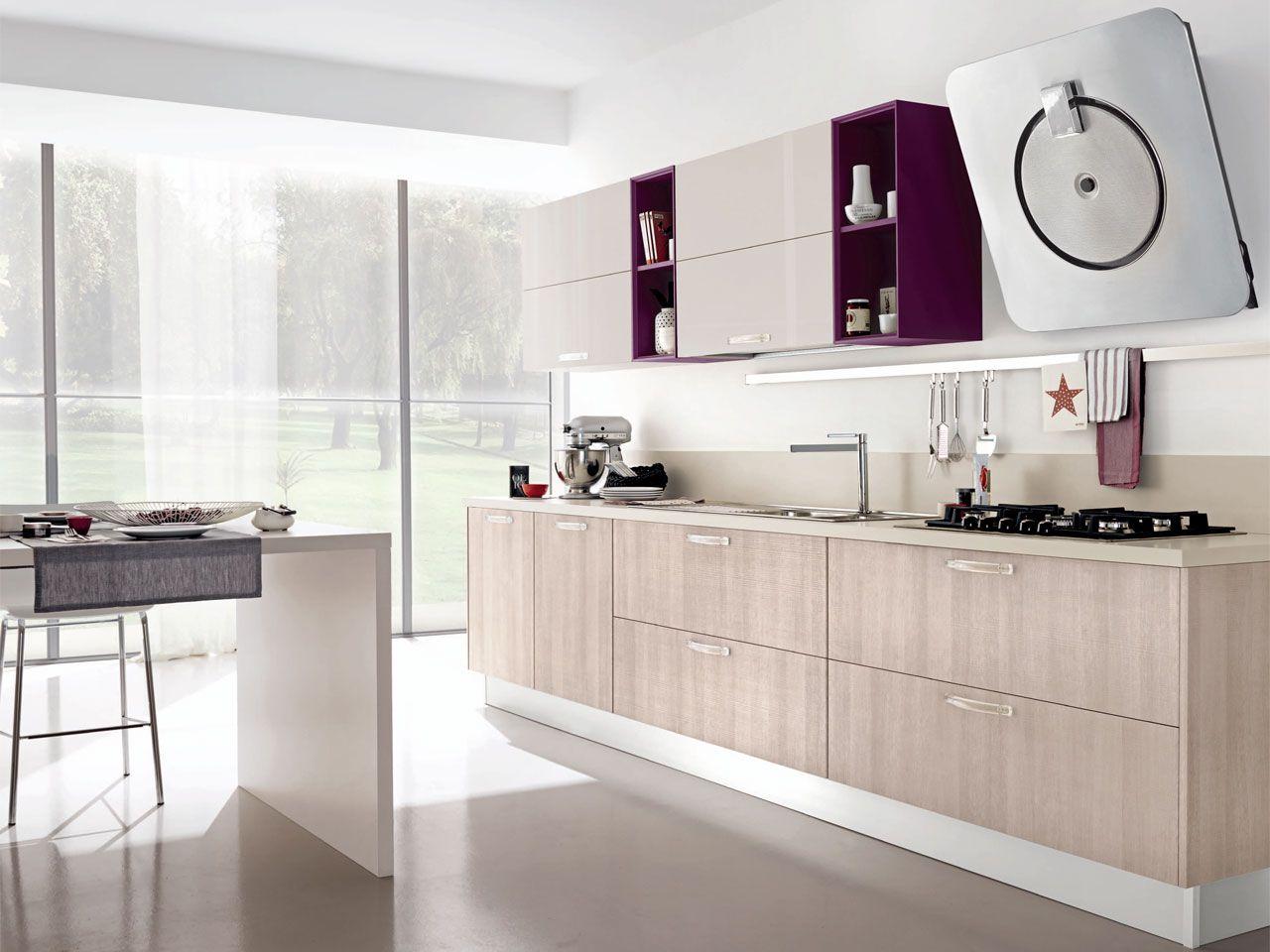Noemi - Кухни - Cucine Lube Фіолетові вставки, верхній колір ...