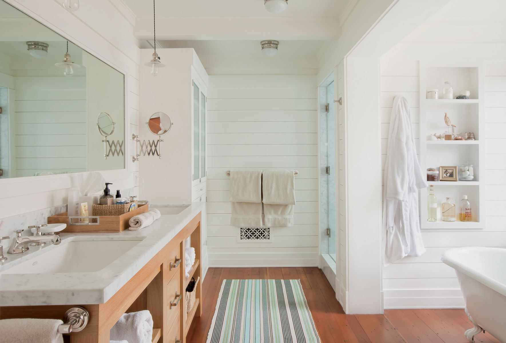 Need an easy DIY way to update your bath Use shiplap the