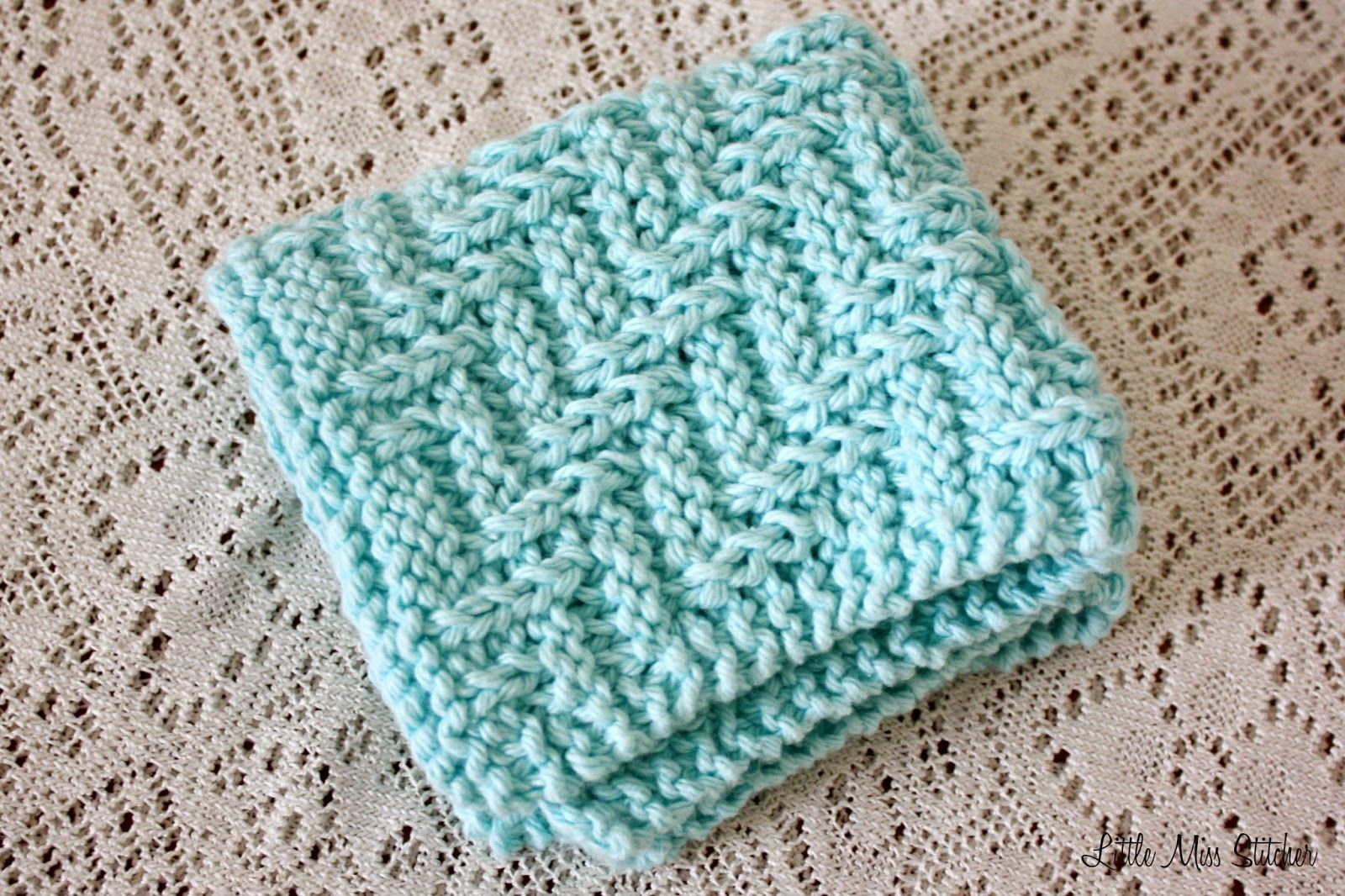 Little Miss Stitcher: 5 Free Knit Dishcloth Patterns I like this ...