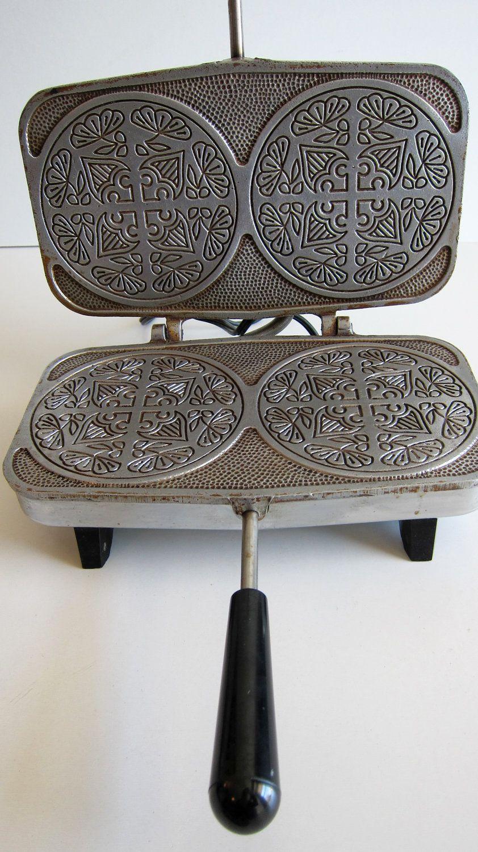 Krumkake Baker Automatic Vintage Scandinavian Cookie Maker Pizzelle Waffle Iron 24 00 Via Etsy Waffle Iron Pizzelle Cookie Maker
