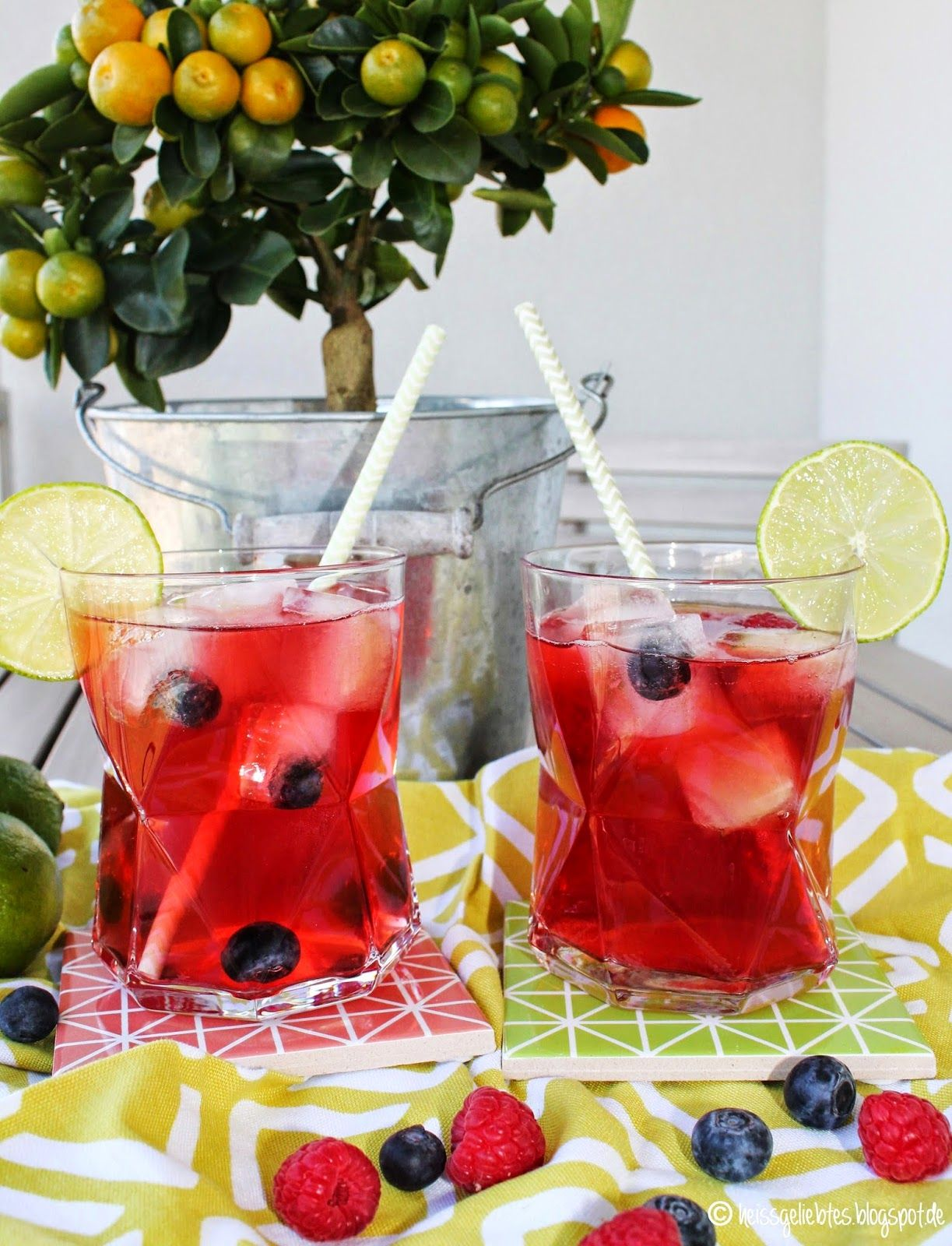tafelgut tee cherry berry iced tea eistee summer sommer sun drink getr nk fruchtig ice cube. Black Bedroom Furniture Sets. Home Design Ideas