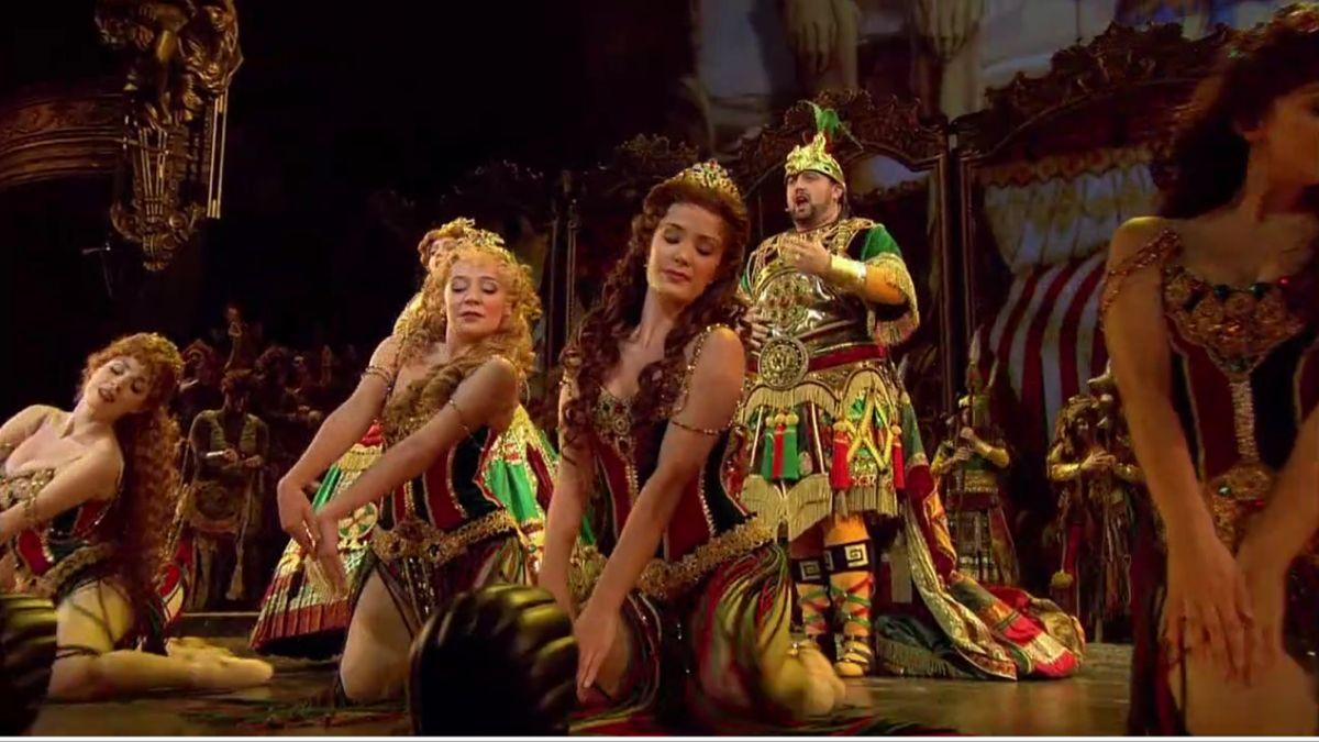 Ballet Girls En 2020 El Fantasma De La Opera ópera Fantasma