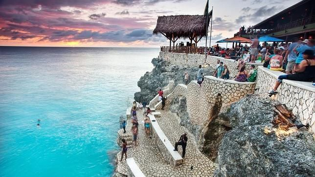 Jamaica - Cliff Jumping at The Rockhouse - Hyler Wedding